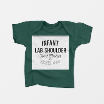Maqueta de camiseta de hombro de regazo infantil