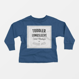 Maqueta de camiseta de manga larga para niños pequeños 03