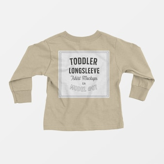 Maqueta de camiseta de manga larga para niños pequeños