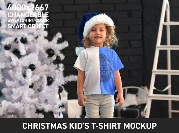 Maqueta de camiseta de navidad para niños