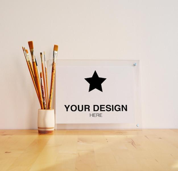 Maqueta para cartel horizontal con pinceles