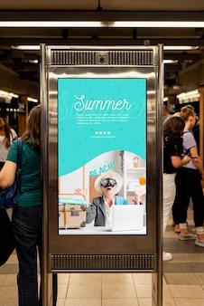 Maqueta de cartelera de verano