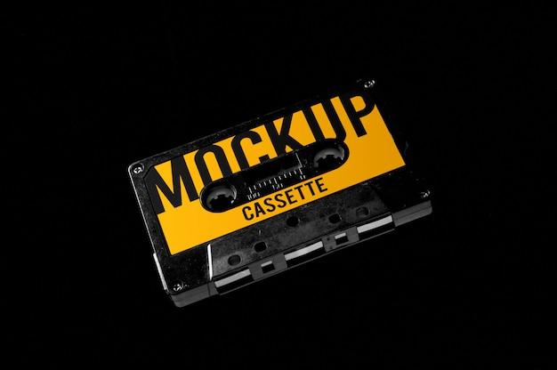 Maqueta de cassette volador aislado