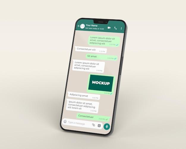Maqueta de chat con dispositivo