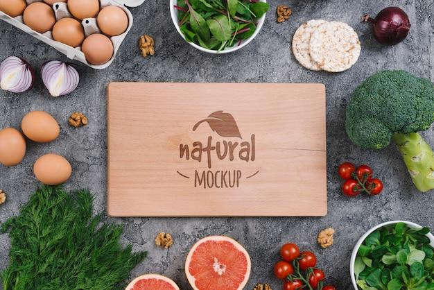 Maqueta de comida vegana natural y saludable