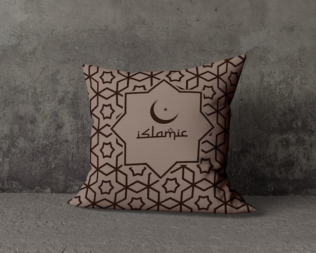 Maqueta de composición de ramadán con almohada