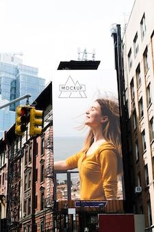Maqueta de concepto de cartelera de la ciudad