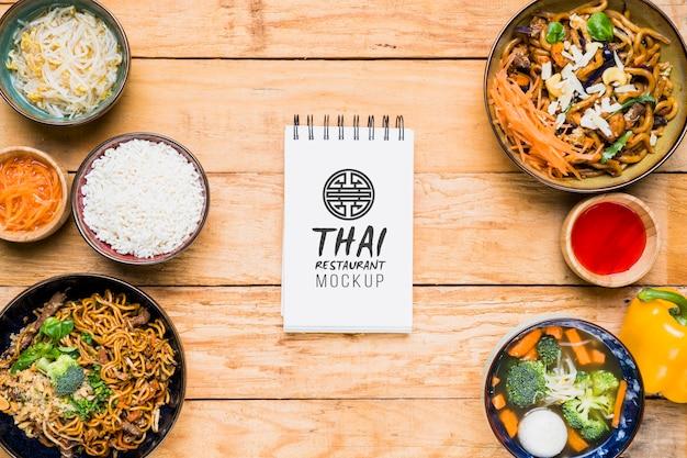 Maqueta del concepto de comida tailandesa