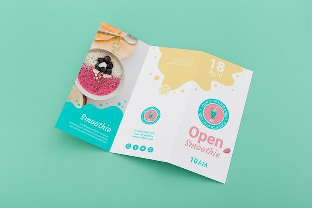 Maqueta de concepto de folleto tríptico