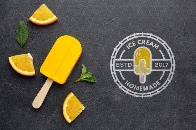 Maqueta de concepto de helado delicioso