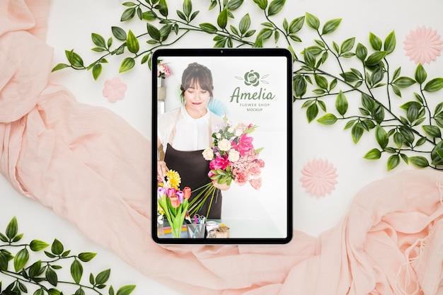 Maqueta de concepto de invitación de tienda de flores