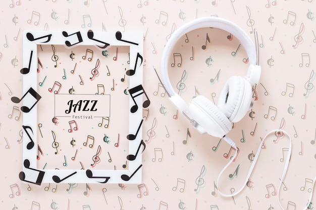 Maqueta del concepto de música sobre fondo liso