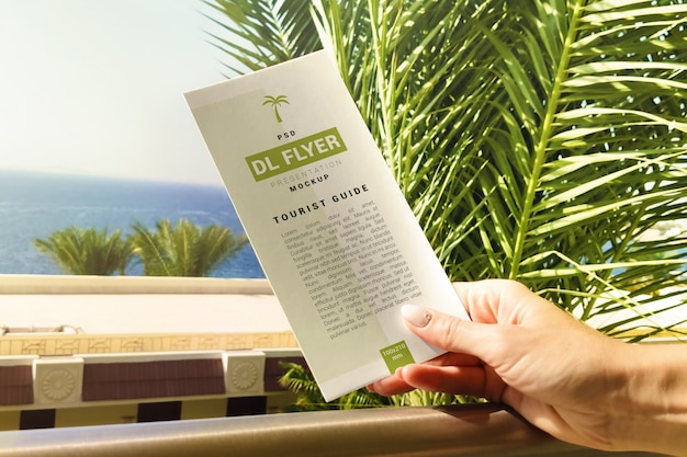 Maqueta de concepto de vacaciones dl flyer
