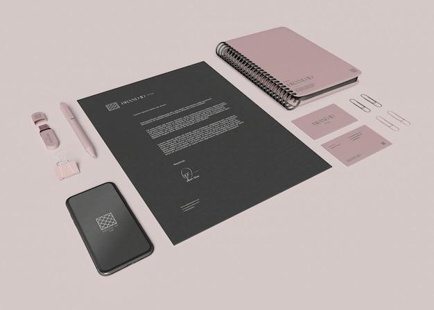 Maqueta de conjunto de papelería de oficina