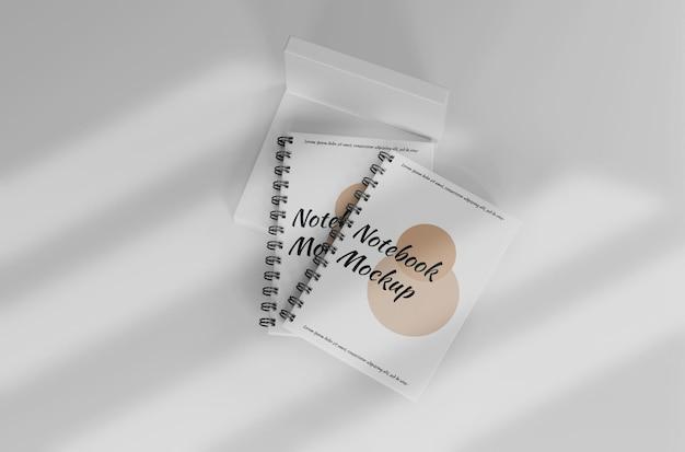 Maqueta de cuaderno blanco