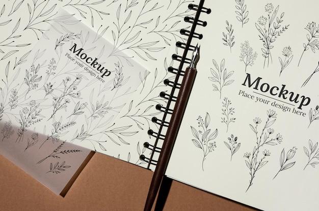 Maqueta de cuaderno de material natural