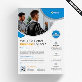 Maqueta de folleto de negocios con elementos azules