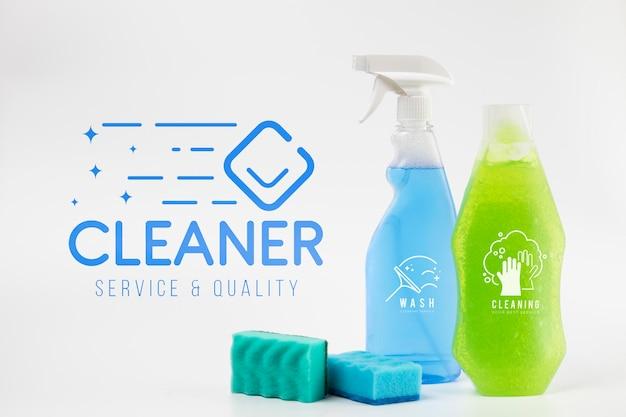 Maqueta de detergente y spray de limpieza