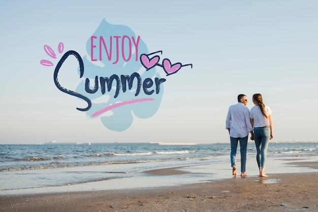 Maqueta disfrutar de pareja de verano