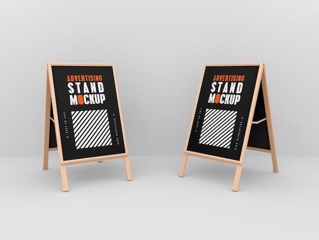 Maqueta de dos stands publicitarios.