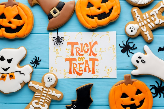 Maqueta con dulces de truco o trato de halloween