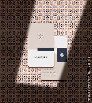 Maqueta elegante de la tarjeta de visita