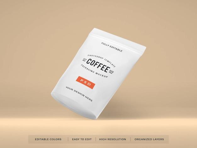 Maqueta de embalaje de café de plástico realista