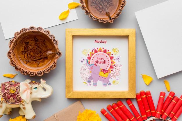 Maqueta enmarcada del festival happy diwali de vista superior