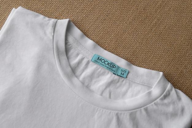 Maqueta de etiqueta de camiseta