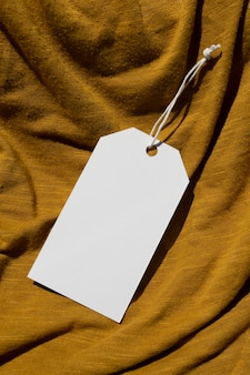 Maqueta de etiqueta de etiqueta colgante de ropa