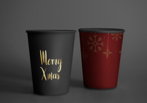 Maqueta festiva de diseño de vasos de papel