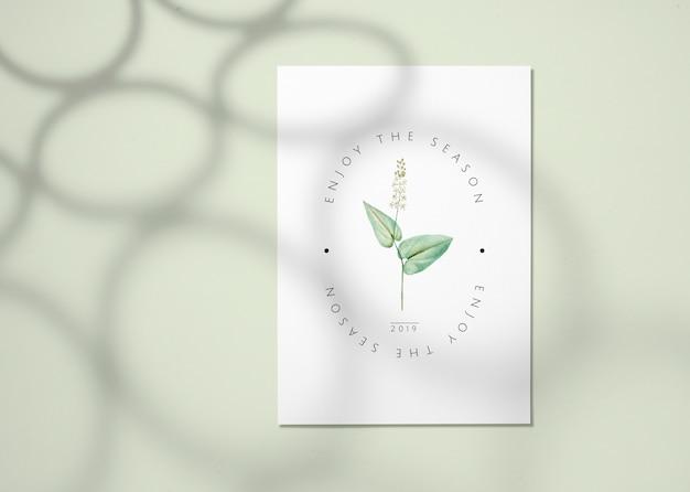Maqueta floral de la tarjeta