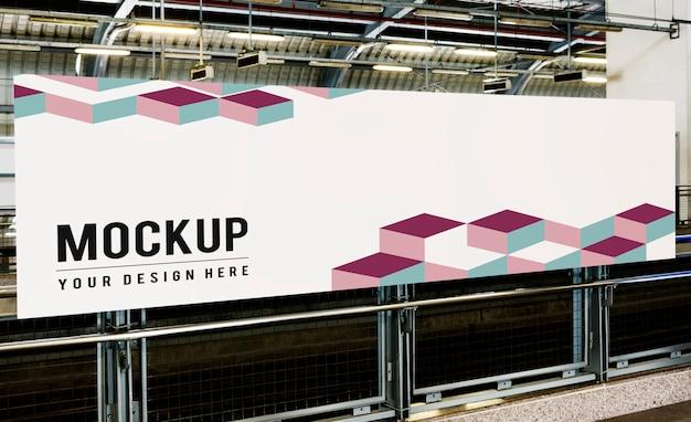 Maqueta de gran cartelera para anuncios.