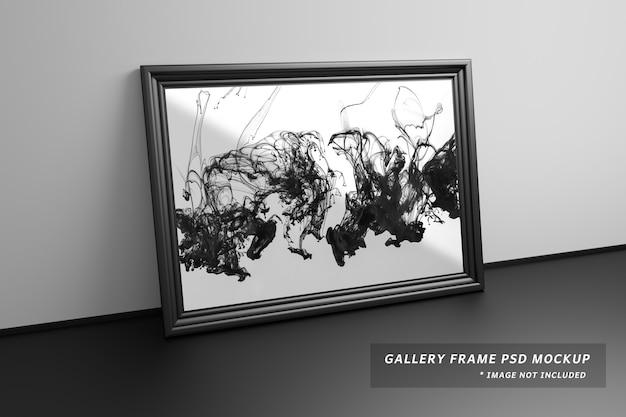 Maqueta de un gran marco de galería junto a la pared