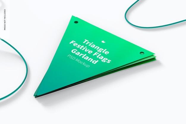 Maqueta de guirnalda de banderas festivas de triángulo, perspectiva