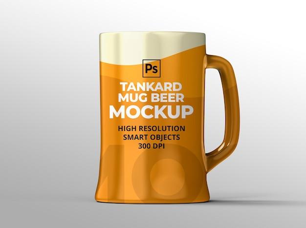 Maqueta de jarra de cerveza para presentaciones de marca y publicidad.