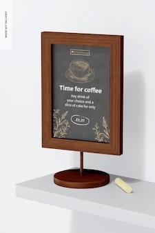 Maqueta de letrero de tablero de mesa, en un estante