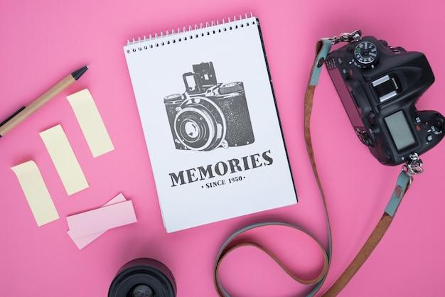 Maqueta de libreta con concepto de fotografía