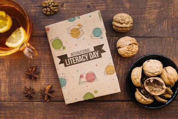 Maqueta de libro para el día de la lectura
