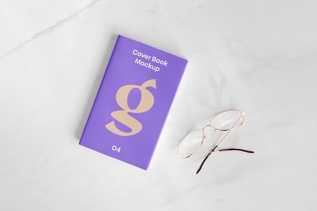 Maqueta de libro de portada