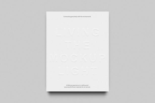 Maqueta de libro de tapa dura con logo en relieve