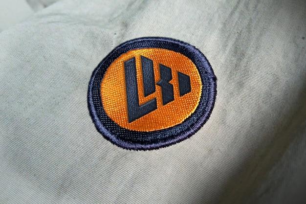 Maqueta de logo bordado