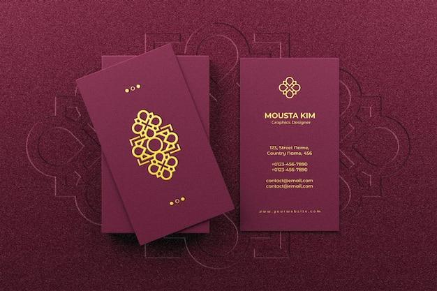 Maqueta de logo en elegante tarjeta de visita