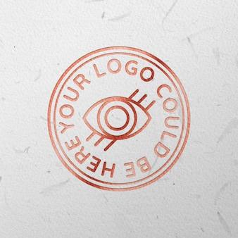 Maqueta de logo grabado en oro rosa