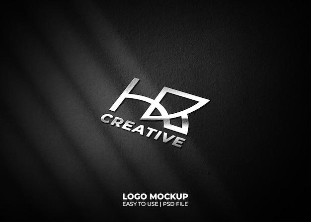 Maqueta de logotipo 3d realista sobre fondo de textura negra