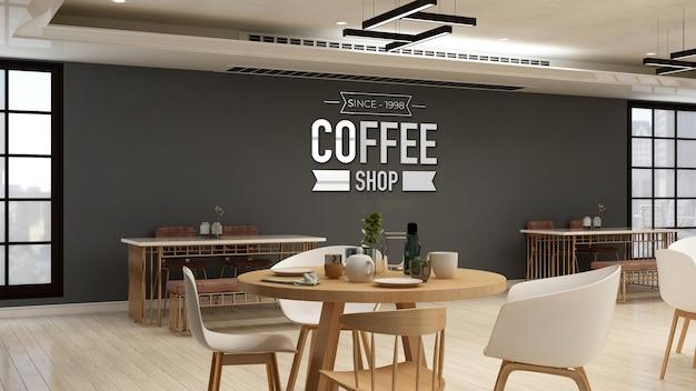 Maqueta de logotipo de cafetería en la cafetería o sala de restaurante