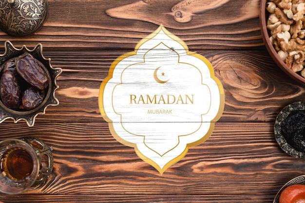 Maqueta de logotipo con concepto de ramadan