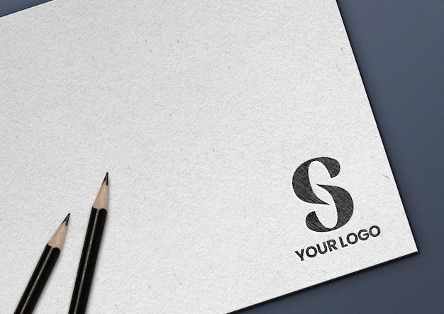 Maqueta de logotipo dibujado a lápiz