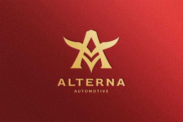 Maqueta de logotipo dorado en relieve simple