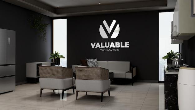 Maqueta del logotipo de la empresa 3d en la sala de espera del vestíbulo de la oficina de madera con sofá